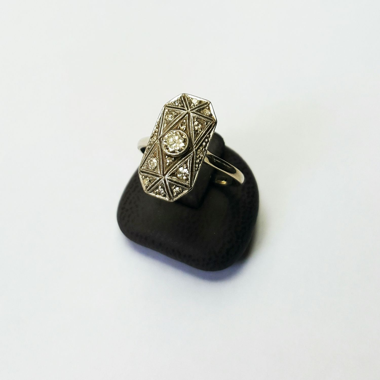 14 krt. witgouden Art Deco ring met 15 antiek geslepen diamanten  - Goudcentrum.nl